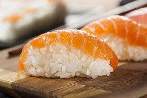 sushi giapponese sano di nigiri