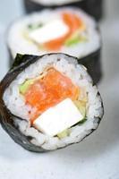 selezione di assortimento di combinazione di scelta di sushi fresco
