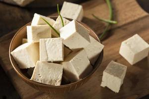 tofu di soia crudo biologico