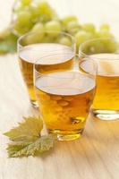 succo d'uva bianco fresco foto