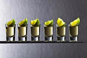 tequila oro con lime