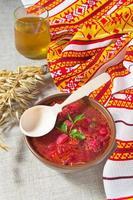 borsch rosso tradizionale ucraino e polacco foto