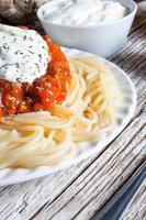 spaghetti al pomodoro.
