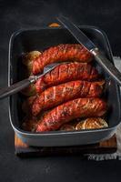 salsicce al forno. foto