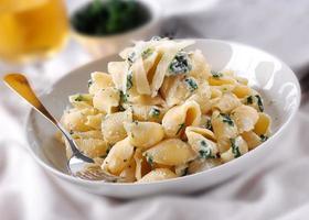 pasta con ricotta e spinaci foto