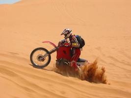 outback seppellire la moto