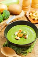 cottura della zuppa foto