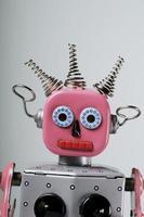 testa di robot femminile