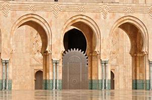 dettaglio della moschea hassan ii a casablanca foto
