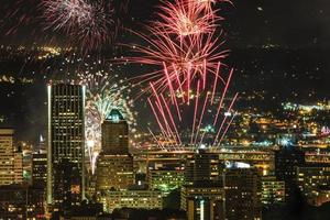 Portland Oregon, fuochi d'artificio negli Stati Uniti. foto