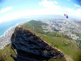 vista a volo d'uccello del picco del diavolo, table mountain foto