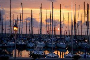 tramonto al porto turistico