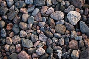 spiaggia rocciosa