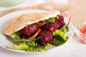 falafel di barbabietola
