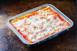 lasagne al forno, lasagne alla bolognese cibo italiano foto