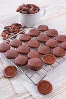 macarons al cioccolato con cardamomo