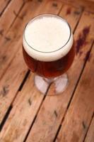 birra in una cassa foto