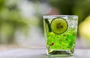 gelatina fresca verde foto
