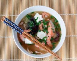 yosenabe di minestra calda giapponese foto