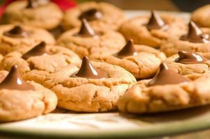 biscotti con gocce di cioccolato foto