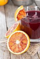 succo appena fatto (arancia rossa) foto
