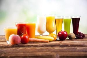 frutta, verdura, succhi di frutta, succhi di verdura, cibo sano foto