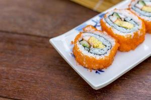 California Roll Sushi Maki - cibo giapponese foto