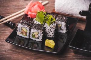 rotolo di sushi di anguilla foto