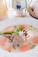 borscht bianco lucido foto