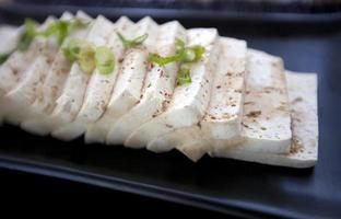 tofu con salsa foto