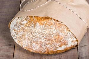 pagnotta di pane appena sfornato foto