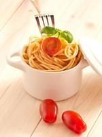nudeln mit tomaten