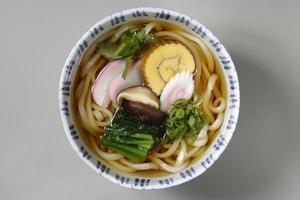 okame noodles foto