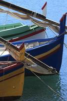 proues - barques catalanes - collioure, francia