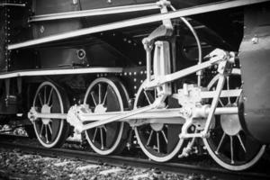 treno d'epoca, ruota del treno foto
