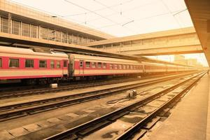 treno nella stazione ferroviaria
