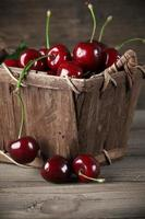 cesto di ciliegie