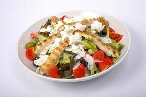insalata di pollo con formaggio feta foto