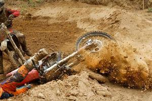 incidente di motocross