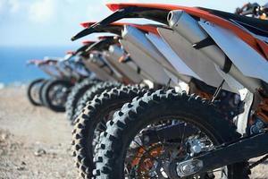 piloti di motocross foto