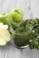 frullato vegetariano verde foto