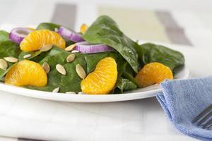insalata di mandarini con spinaci iv foto