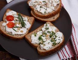 panino con formaggio a pasta molle foto