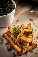 spicchi di patate all'aglio