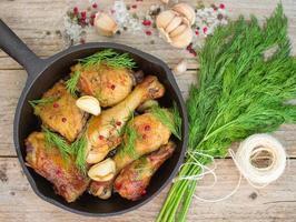 pollo arrosto con aglio e aneto foto