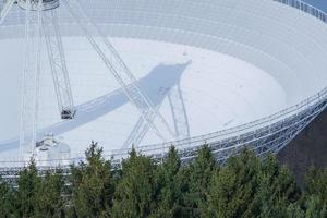 dettaglio del radiotelescopio effelsberg foto
