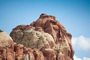 rocce rotonde di formazione del fuoco vicino al canyon in new mexico_.jpg foto