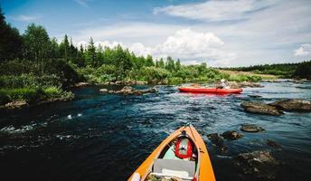 rafting sul fiume foto