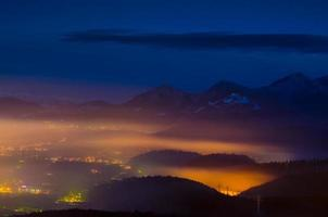 panoramica di brasov foto