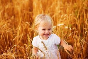 estate piccolo bambino foto